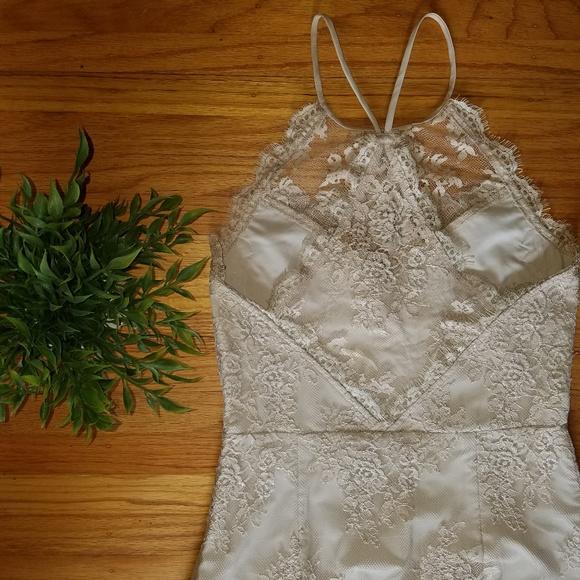 SAYLOR Dresses & Skirts - Saylor Women's Ivory Cream Lace Cocktail Dress - S